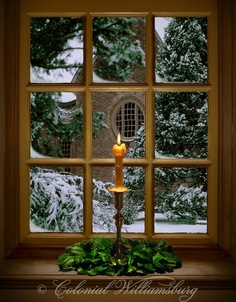 Some of my favorite memories are from our Christmas visits to Colonial Williamsburg; Christmas Candle In a Window Colonial Williamsburg. Photo by Tom Green Noel Christmas, Country Christmas, Winter Christmas, All Things Christmas, Vintage Christmas, Celtic Christmas, Simple Christmas, Candles In Windows Christmas, Christmas Photos