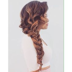 love the curl with the braid!