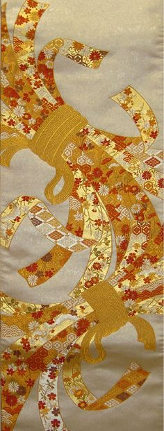小袖熨斗文 TABANE NOSHI PATTERN Japanese Quilts, Japanese Textiles, Japanese Patterns, Japanese Fabric, Japanese Art, Japanese Kimono, Learn Embroidery, Embroidery Art, Textile Patterns