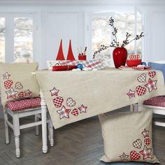 Weihnachten wie in Schweden: Tischläufer SVEJA. Zu bestellen bei www.sander-tischwaesche.de