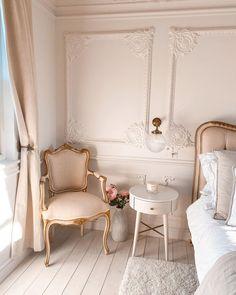 Room Ideas Bedroom, Home Decor Bedroom, Bedroom Artwork, Bedroom Signs, Diy Bedroom, Bedroom Apartment, Bed Room, Parisian Room, Parisian Bedroom Decor