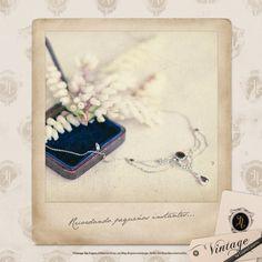 Este pequeño y exquisito colgante de plata y granates ha viajado desde el S.XIX... Es nuestro Especial de los Sábados