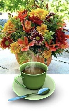 Tuesday Greetings, Good Morning Images, Good Morning Quotes, Coffee Presentation, Beautiful Rose Flowers, Morning Greeting, Coffee Love, Mugs, Tableware