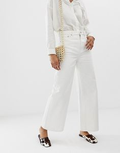 Order Weekday Ace wide leg jeans in off white online today at ASOS for fast delivery, multiple payment options and hassle-free returns (Ts&Cs apply). Get the latest trends with ASOS. Off White Shop, Asos, Bandeau Bikini Set, Mode Online, Wide Leg Jeans, My Outfit, Outfit Ideas, Fashion Online, Trends