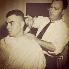 Haircuts For Men, Barber Shop, Vintage Fashion, Vintage Style, Hair Cuts, Shops, Beauty Stuff, Capes, Peace