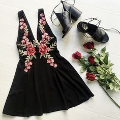 Shoes | Little black dress | roses| LONGER V and length tho