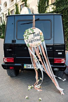 Картинки по запросу украшение машины на свадьбу 2017