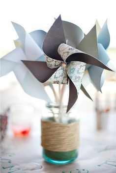 Add a homemade and personal touch to your wedding with these DIY wedding centerpieces. There's a style of DIY wedding centerpiece for every wedding theme! Unique Wedding Centerpieces, Baby Shower Centerpieces, Flower Centerpieces, Unique Weddings, Centerpiece Ideas, Picnic Centerpieces, Inexpensive Centerpieces, Intimate Weddings, Pinwheel Centerpiece