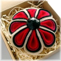 Felt Flower Corsage in Red, Pink, Black and Cream. £15.99, via Etsy.