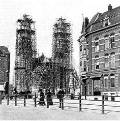 De Hervormde Koninginnekerk aan de Boezemsingel op de grens tussen de wijken Crooswijk en Kralingen in de gemeente Rotterdam werd in 1907 in gebruik genomen. Ze was genoemd naar koningin Wilhelmina.