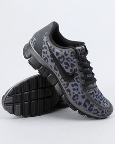 Nike Grey Sneakers - Fabulous Fashion Style