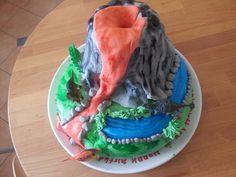 Geburtstagstorte für einen Dino Fan