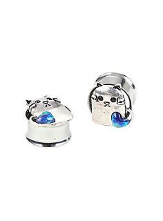 "<p>Kitty loves you. Steel plug 2 pack with kitty and stone heart designs on fronts. </p><ul>	<li>316L Surgical Steel</li>	<li>1/4"" wearable length</li>	<li>Imported</li></ul>"