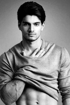 Fitness Hombres Muscle Mens Fashion New Ideas Bollywood Actors, Bollywood Celebrities, Male Celebrities, Celebs, Suraj Pancholi, Shameless Tv Show, Photography Poses For Men, Gorgeous Men, Sexy Men