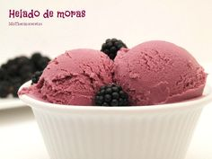 Helado de moras - MisThermorecetas Milkshake, Helado Natural, A Food, Food And Drink, Ice Pops, Dessert Recipes, Desserts, Popsicles, Parfait