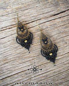 #angyalcsomozda #anemoona #micromacrame #macrame #earrings #macrameearrings #handmade #jewelry #boho #bohemian #tribal #ethnic #festivaljewelry #tribaljewelry #fairy #gipsy #fashion #goa #psy #bohojewelry #hippie