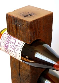Modernas de pie vino cubierto de Vermont de por KettlerWoodworks