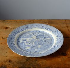 Willow Blue Plate Antique by Metoox on Etsy Blue Plates, Vintage China, Decorative Plates, Antiques, Unique Jewelry, Tableware, Handmade Gifts, Etsy, Home Decor