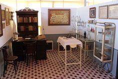 La consulta del Dr. Bru expuesta en el Museo Escolar de Pusol http://www.museopusol.com/es/actividad/?id=84&cat=5&dat=11%202014