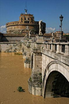 Hadrian's Mausoleum, Rome #monogramsvacation
