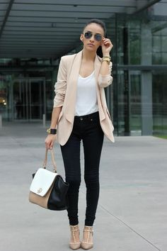 Gorgeous neutral color palette highlighted with studded Valentino pumps. Autumn chic style!