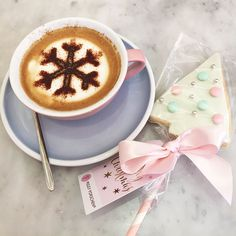 Food | Christmas At Peggy Porschen Cake Parlour | VVNightingale