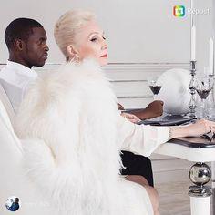 Instagram photo download online - dinsta.com Old Models, Fur Coat, Instagram, Fashion, Moda, Fashion Styles, Fashion Illustrations, Fur Coats, Fur Collar Coat