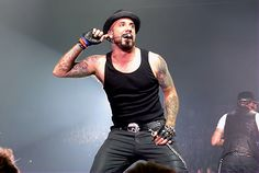 @AJ McLean ♥ I would love to go to another concert! ah!