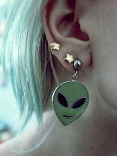 90's inspired earrings. #DOLLSKILL