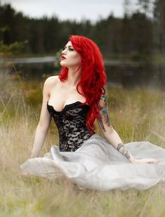 Hair color red redheads 55 Ideas for 2019 Bright Red Hair, Red Hair Color, Color Red, Hair Colors, Beautiful Redhead, Beautiful People, Beautiful Women, Death Metal, Rockabilly
