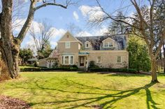 275 W. Southington Avenue, Worthington, OH 43085. Beautifully elegant home sits upon 3 lots in the Village of Riverlea. Stunning curb appeal & fabulous layout w/all of the right spaces.Handle business in the dedicated office, relax by the fire in the lvng rm, cook for 2-20 in the Gourmet eat-in kitchen w/Granite & Quality SS appliances. Exit to the stone patio & back porch that overlook the perennial flower garden & mature trees that are your natural privacy screen. 2nd fl Owner Suite.