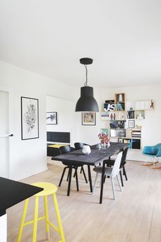Colorful #Scandinavian Style | Dining Room | #Interior #Design | #Black #Table
