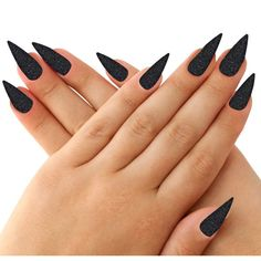 Make an original manicure for Valentine's Day - My Nails Long Black Nails, Black Nail Art, Pointy Black Nails, Dark Nails, Long Nails, Black And White Nail Designs, Witch Nails, Manicure, Gothic Nails