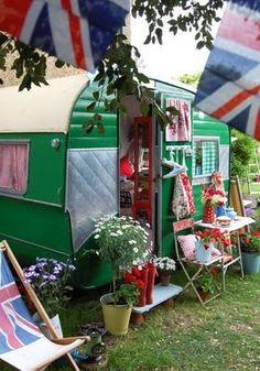 green retro trailer camper trailer