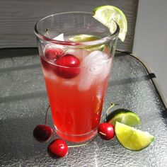 Drinks on Pinterest | Watermelon Jello, Lavender Lemonade and Party ...