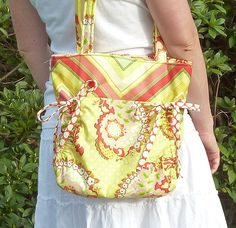 PDF SEWING PATTERN - Aivilo Cinch Purse - fast and easy to sew purse sewing pattern - Instant Download