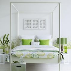 8 ways to work a white summer bedroom