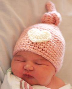 Crochet Newborn Knot Hat - Free Pattern
