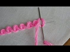 hand embroidery stitches tutorial step by step Hand Embroidery Videos, Hand Embroidery Flowers, Embroidery Stitches Tutorial, Sewing Stitches, Silk Ribbon Embroidery, Crewel Embroidery, Hand Embroidery Patterns, Embroidery Techniques, Embroidery Kits