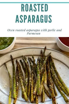 Oven roasted asparagus with garlic and parmesan Meat Recipes, Vegetarian Recipes, Oven Roasted Asparagus, Home Chef, Green Beans, Favorite Recipes, Yummy Food, Vegetables, Delicious Food