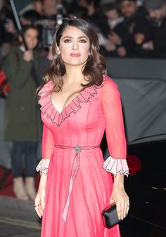 Salma Hayek's Weight Loss and Beauty Tips: Find Out How She Defies Ageing