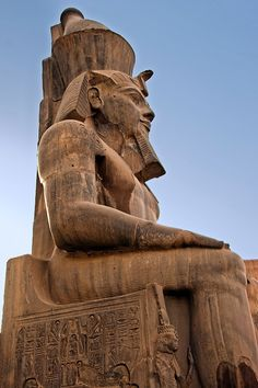 This statue of Ramses II sits at the entrance to Luxor Temple in Luxor, Egypt. Ancient Ruins, Ancient Art, Ancient Egypt, Ancient History, Kemet Egypt, Luxor Egypt, Luxor Temple, Kairo, Valley Of The Kings