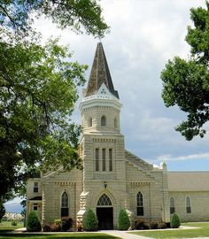 ~ Beautiful Church in Spring City Utah ~ Colonial Williamsburg, Virginia and Spring City, Utah are the only two places where the whole town is on the Historical Registry....by Lindsey Botkin....