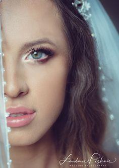 wedding photography inspiration bride to be :) Bride Portrait, Wedding Photography Inspiration, Hair Styles, Model, Instagram, Fashion, Moda