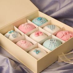 New baby cupcakes - cute