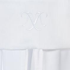 """""""Salt"""" Kollektion für Mädchen aus Waffelpique und Satin in Weiß. 100% Baumwolle kombiniert mit hochwertigem Satin, Stickereien und Baumwollspitze"""