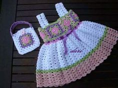 Crochet Baby Dress Free Pattern, Baby Dress Patterns, Knit Patterns, Baby Kids Clothes, Doll Clothes, Crochet Girls, Little Girl Dresses, Baby Booties, Crochet Clothes