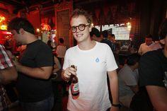 on MADMAG  http://madmag.com.br/social-gallery/super-bowl-buddies-american-pub-madmag-03-02-09