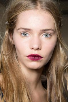 Makeup style for SS 2015: Statement vampy ombre lips. NO.21 Spring Summer 2015.