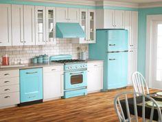 Beach Kitchens | Beachnut Lane: Turquoise and aqua Kitchens!